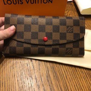 Adorable wallet!
